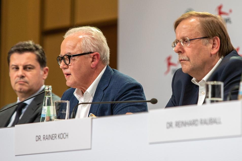 Die Gräben innerhalb des Deutschen Fußball-Bundes werden immer tiefer.