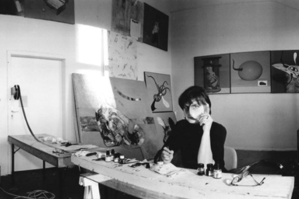 """Der Super8-Film war für """"missliebige"""" Künstlerinnen ohne Ausstellungserlaubnis wie Christine Schlegel oft das einzige Medium, auf dem sie ihre Kunst festhalten durften. Viele gingen deshalb wie sie in den Achtzigern in den Westen."""