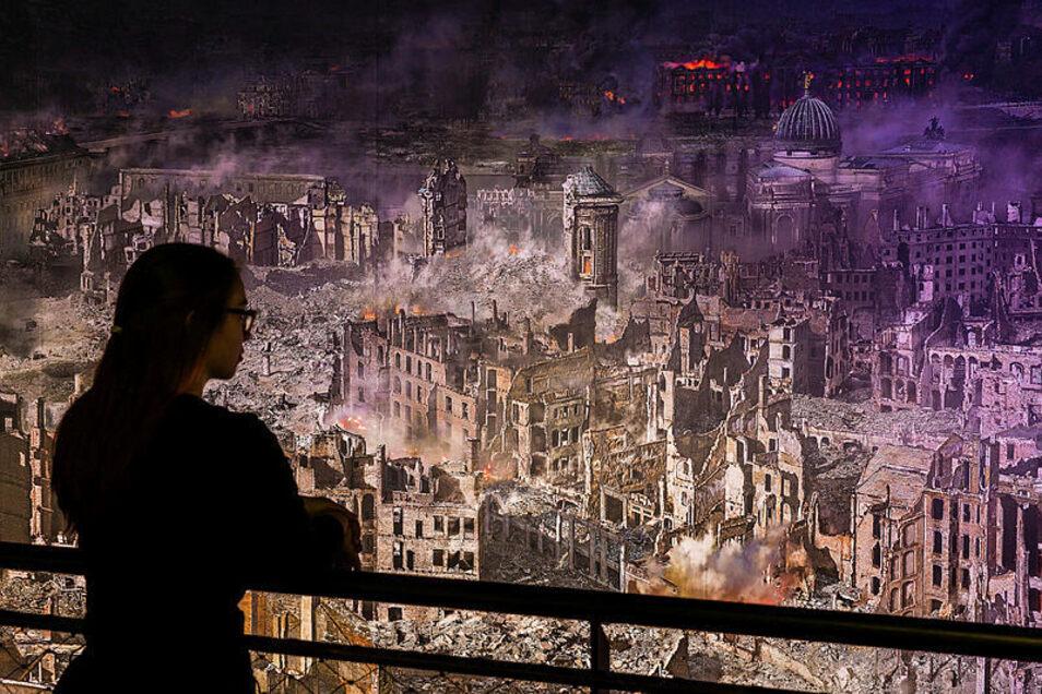 Im Panometer derzeit zu sehen: Dresden 1945 - 75 Jahre nach Kriegsende in besonderer Weise aktuell.