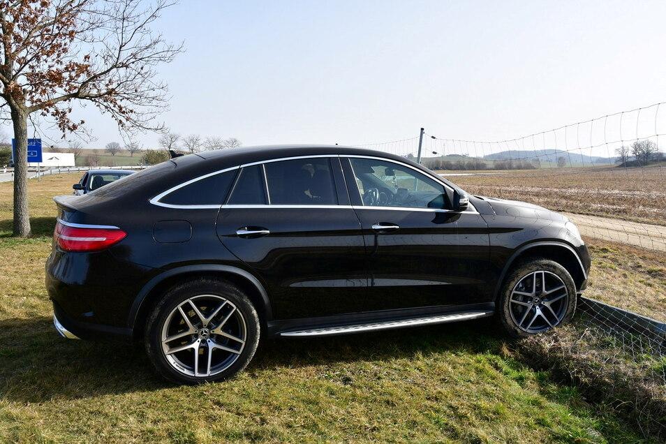 Luxuskarossen wie diese, hier ein schwarzer Mercedes AMG von einem anderen Fall, stehen bei Autoschiebern hoch im Kurs. Sie werden entweder gestohlen oder gemietet, frisiert und weiterverkauft.