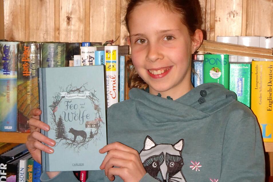 """""""Feo und die Wölfe"""" von Katherine Rundell war das Buch, das sich Mia Sommer für den Bezirksentscheid Dresden im Vorlesewettbewerb ausgewählt hat."""