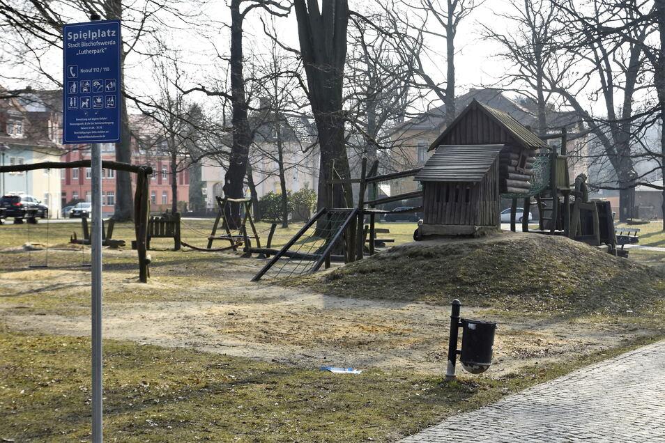 Der Spielplatz im Lutherpark Bischofswerda bekommt eine neue Spielburg.