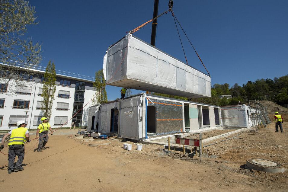 Bau der neuen Kita in Pirna am Reitplatz: Bislang noch keine Investitionen zurückgefahren.