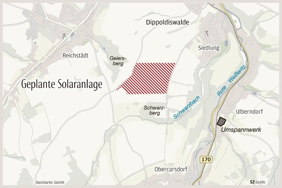 Der neue Solarpark liegt mitten zwischen den Orten auf einer Ackerfläche.