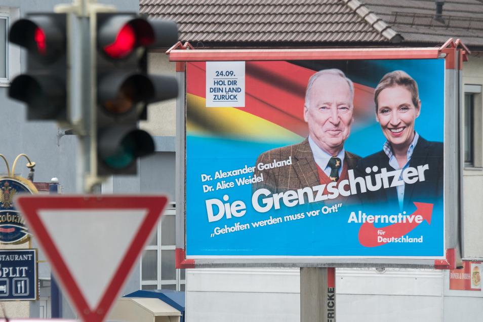 Die AfD wirbt damit, Straftaten von Ausländern in Deutschland eindämmen zu wollen. Dabei zeichnet sie ein verzerrtes Bild der Realität.
