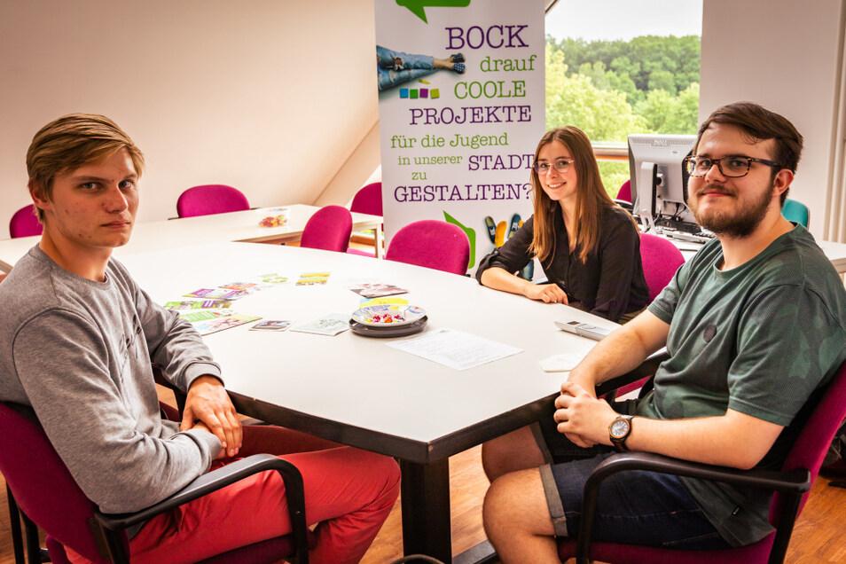 Pascal, Cora und Johann (v.r.) haben zwei Jahre gemeinsam im Jugendstadtrat gearbeitet. Nicht alle Ziele konnten erreicht werden.