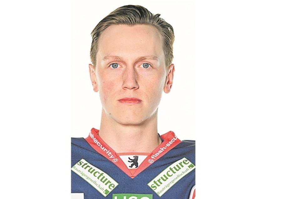 Sebastian Streu:Nr. 24, Sturm, geb. 22.11.99 in Neuwied, 1,84 m/78 kg, Profispiele: 55/7 Tore/3 Assists, Förderlizenz,Vereine: Salzburg, Eisbären Berlin