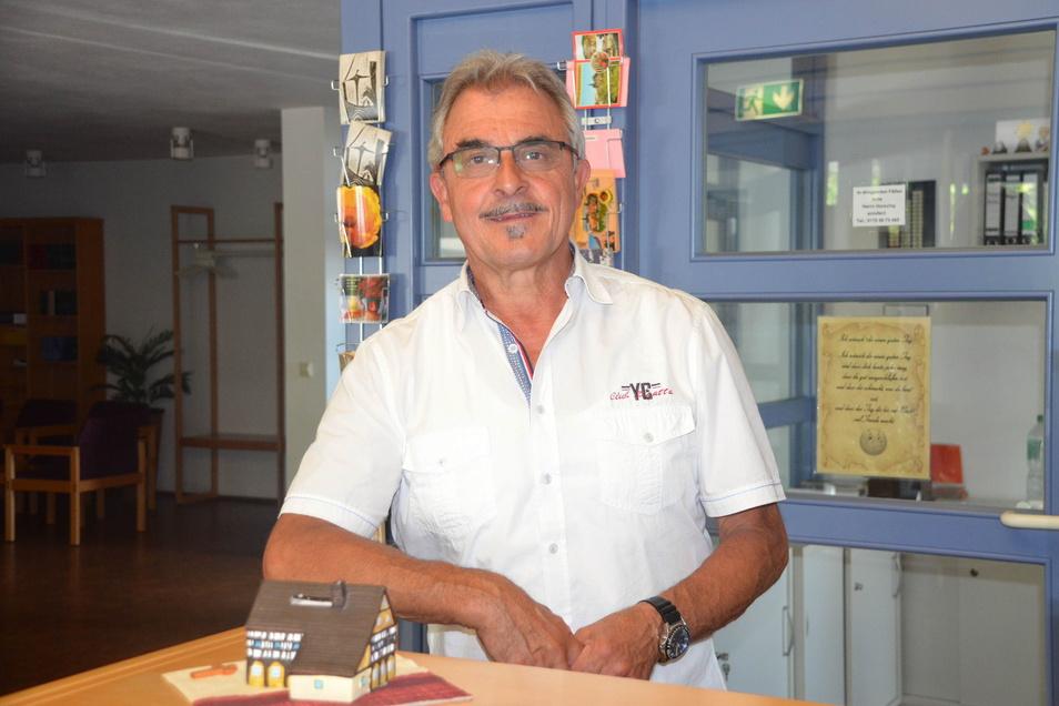 Nach elf Jahren in der Kreuzbergbaude als Betriebsleiter fällt der Abschied Hans-Jürgen Horschig nicht ganz leicht, wenngleich er sich auf die Zeit mit seiner Familie freut.