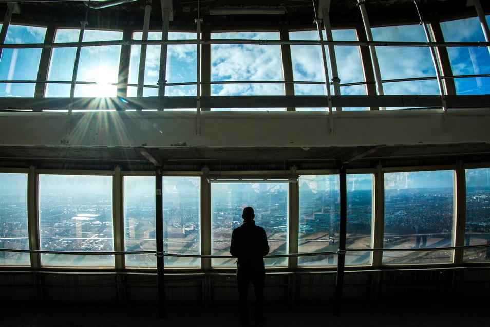 Die Aussichtsplattform im Dresdner Fernsehturm wird Besuchern in wenigen Jahren wieder zugänglich sein.
