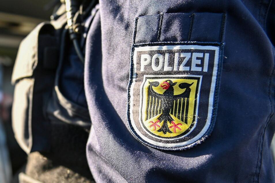Die Bundespolizei hat mehrere Menschen irakischer Herkunft, die unerlaubt eingereist waren, in Dresden gefunden.