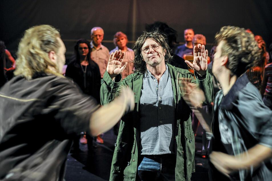 "Stefan Vogl spielt in ""Früher war alles..."" den Aussteiger Till."