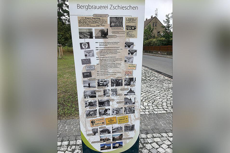 Auf einer Infotafel ist die Geschichte der Bergbrauerei dargestellt. Auf der Rückseite wird gezeigt, wie die Stadt den Artenreichtum fördert.