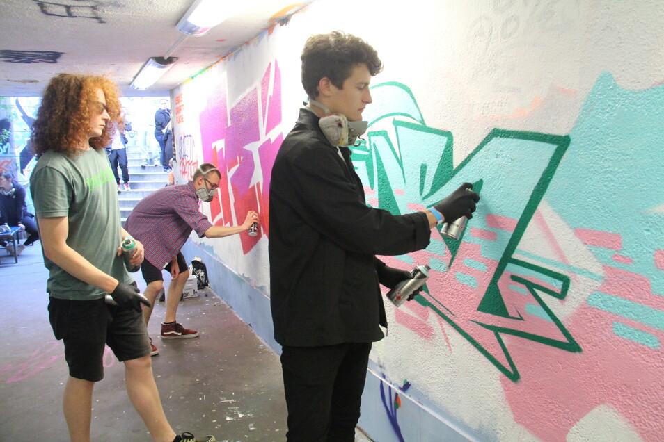 """Beim ersten Festival """"Bouncen in Bautzen"""" vor zwei Jahren gab es unter anderem eine Graffiti-Aktion im Tunnel unterm Lauengraben."""
