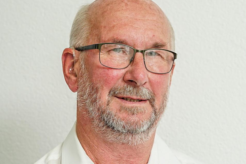 """Siegfried Kühn ist Fraktionsvorsitzender der Grünen im Kreistag Bautzen. Wenn die AfD einen aus seiner Sicht vernünftigen Antrag einbringt, habe er keinen Problem damit, die Hand zu heben, hat er gegenüber der Zeitung """"Die Zeit"""" gesagt."""