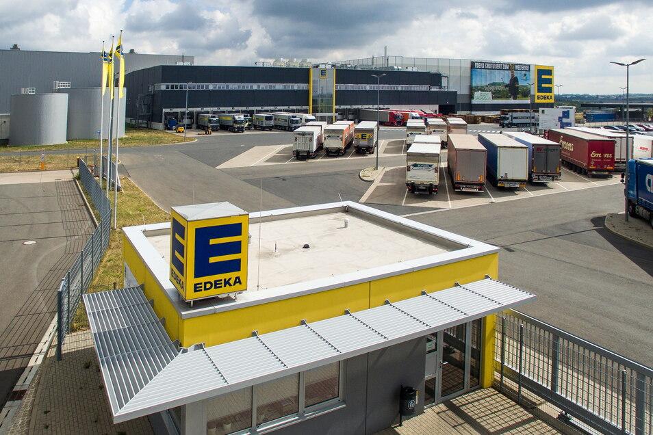 Im Logistikzentrum in Berbersdorf werden mehr als 600 Mitarbeiter geimpft.