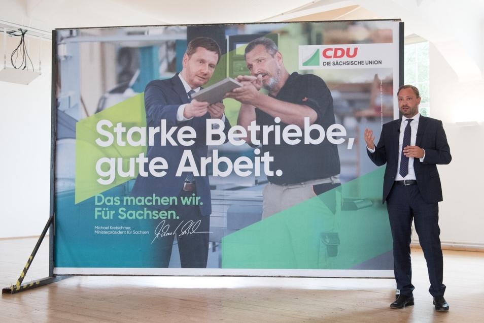 Der Generalsekretär der Sachsen-CDU Alexander Dierks hatte vor wenigen Tagen erst die Plakat-Kampange seiner Partei für die anstehenden Landtagswahlen im Freistaat präsentiert.