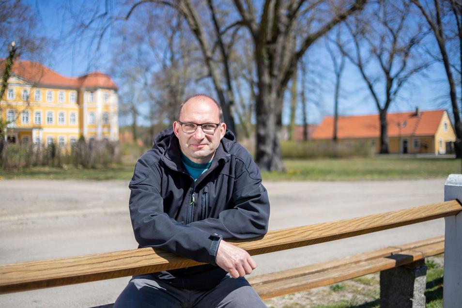 Dirk Naumburger ist Bürgermeister Kreba-Neudorf und hofft auf Rückkehrer.