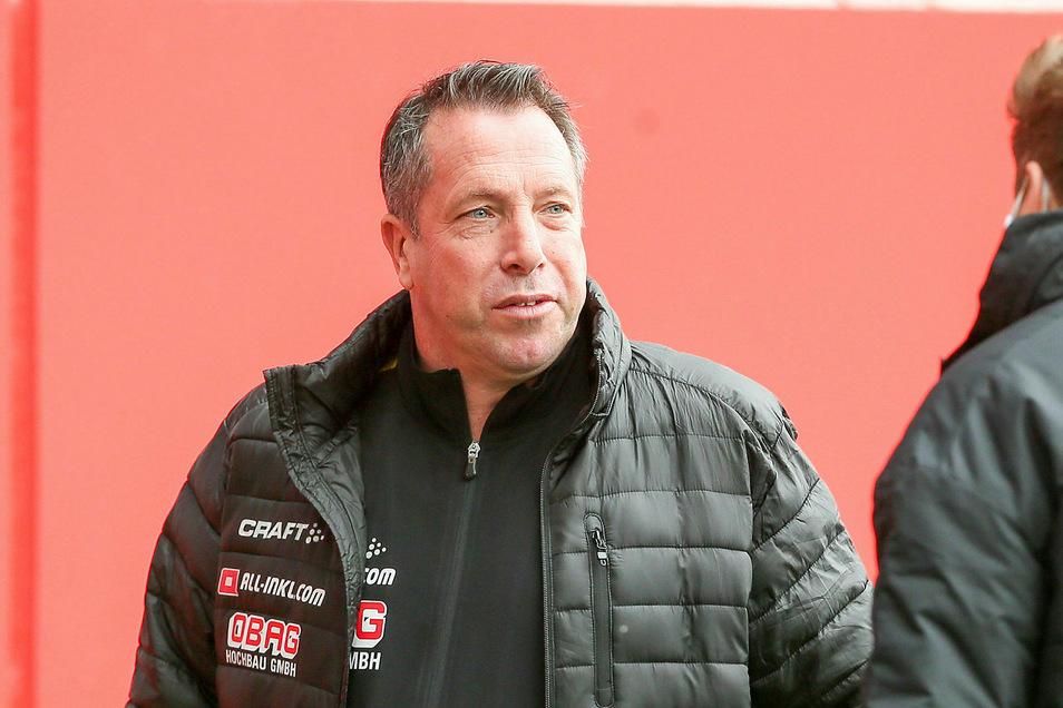 Für den FC Ingolstadt hat Markus Kauczinski in der Saison 2016/17 vier Monate gearbeitet. Danach wurde er entlassen. Kauczinskis Bilanz bei den Schanzern war deprimierend, in zehn Punktspielen gelang kein Sieg.