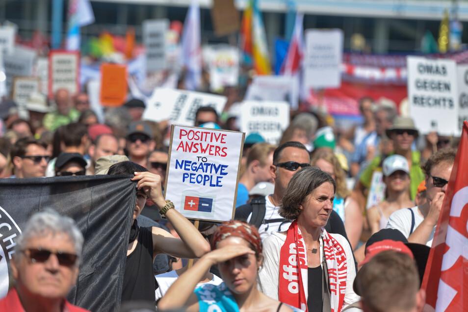 40.000 Menschen demonstrierten am Sonnabend bei der Unteilbar-Demo in Dresden gegen Fremdenhass und Intoleranz.
