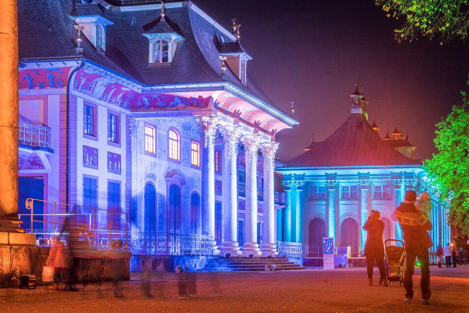 """90.000 Besucher schlenderten zum Jahresende durch den""""Christmas Garden Dresden Pillnitz""""."""