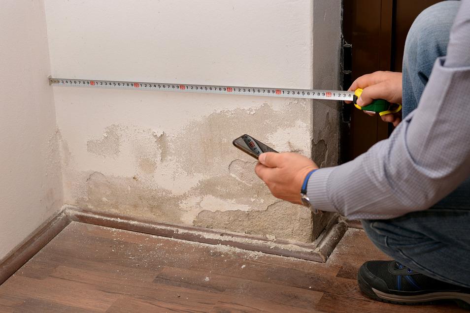 Feuchtigkeit in Wänden und im Keller ist ein großes Problem, das schnellstmöglich gelöst werden muss.