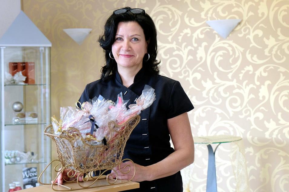 Die Meißner Kosmetikerin Ines Gumpert blickt auf 20 erfolgreiche Jahre zurück, auch wenn sie das Jubiläum leider nicht groß feiern kann.