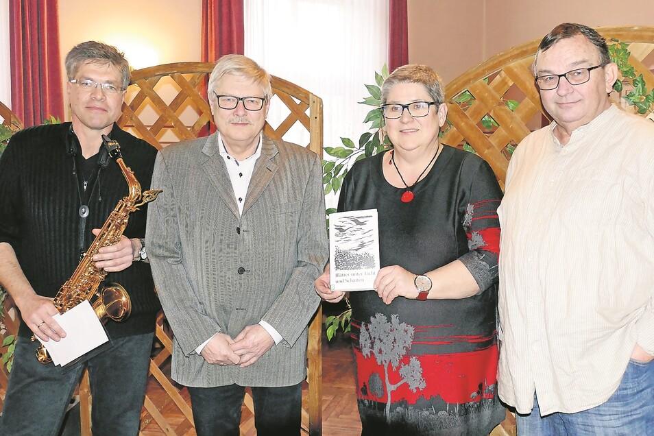 Jörg Blumberg, Burkhard Unterdörfer, Johanna Gruner, Rainer Gruß (von links)