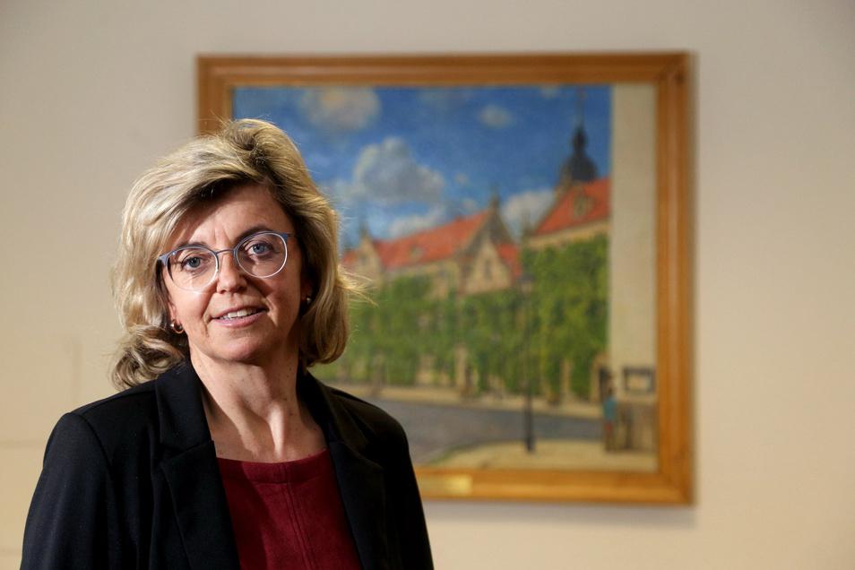 Riesas Finanzbürgermeisterin Kerstin Köhler hatte am Dienstag im Finanzausschuss erklärt, dass einzelne Positionen im Haushalt fürs Erste gesperrt sind.