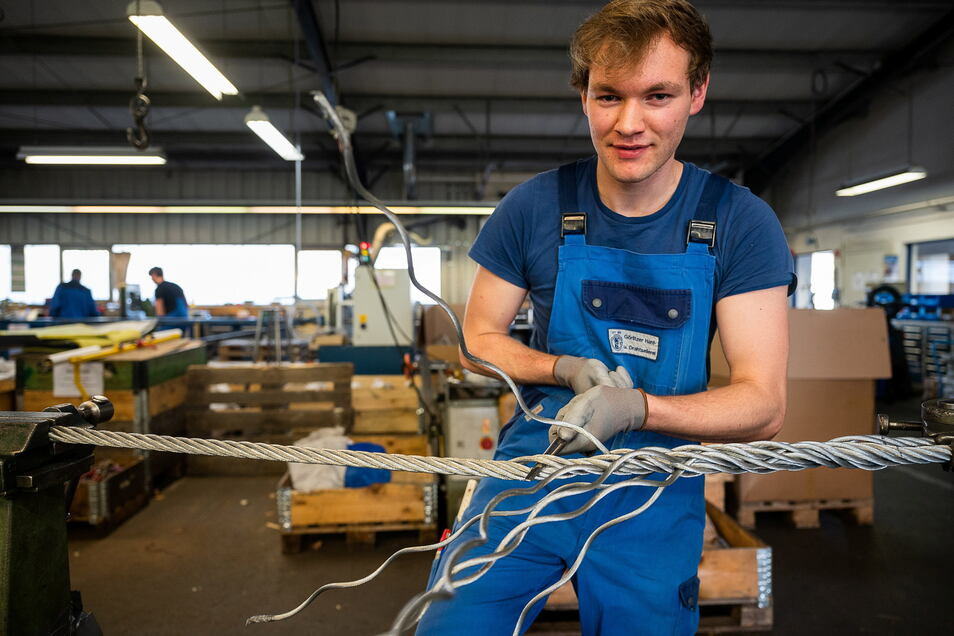 Friedemann Lux war 2020 der zweitbeste Auszubildende Deutschlands. Er lernt in der Seilerei Goltz in Görlitz.