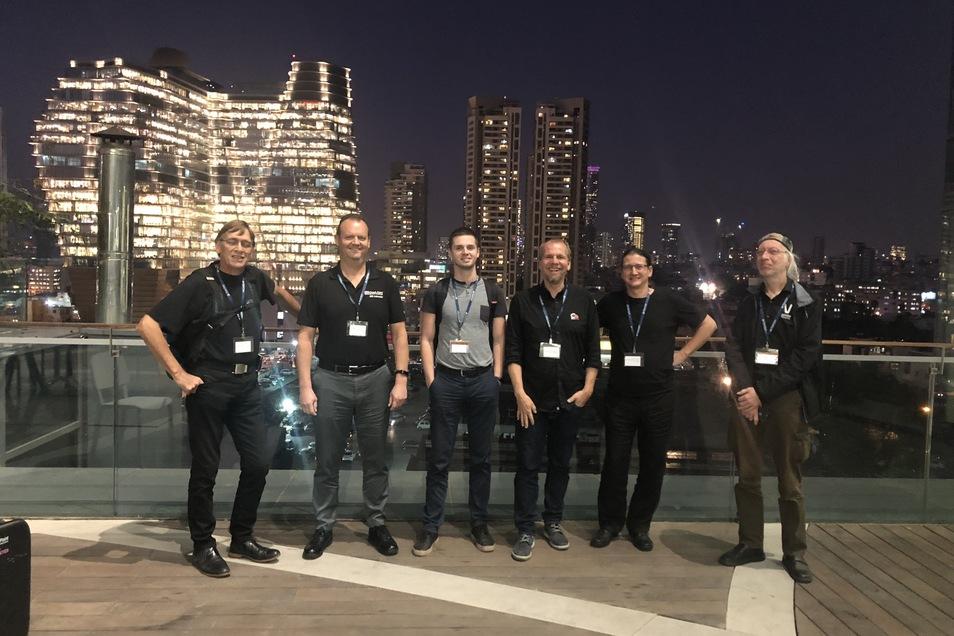 Die Reise zur Auszeichnung bei der Software-Firma Checkpoint in Tel Aviv war ein Höhepunkt im Berufsleben von Wolfgang Becher (2.v.r.). Der IT-Sicherheitsspezialist der SHD System-Haus-Dresden GmbH ist einer der Besten seines Fachs.