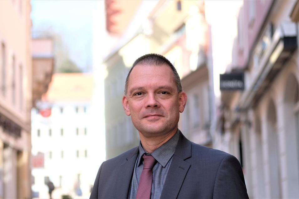 Besorgte Bürger entschuldigten sich beim Meißner Landrat Ralf Hänsel für einen Angriff auf seine Privatsphäre. Doch sie blieben weiter anonym.