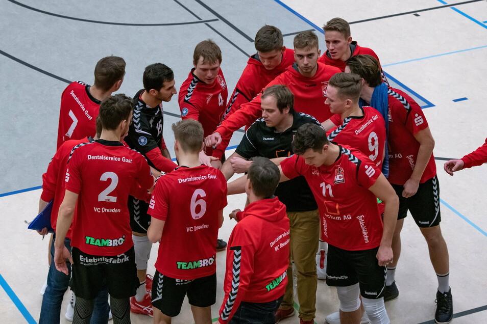 Gemeinsam für die Sache. Der VC Dresden stellt freiwillig bis auf Weiteres den Spielbetrieb ein.