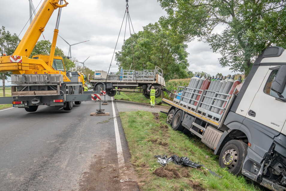 Wegen eines schweren Unfalls war die B6 am Freitag bis in die Nachmittagsstunden hinein gesperrt.