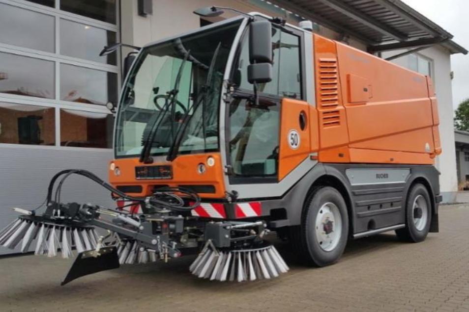 Dieses Kompaktkehrfahrzeug least die Stadt bei der Firma Bucher Municpal GmbH aus Hannover.