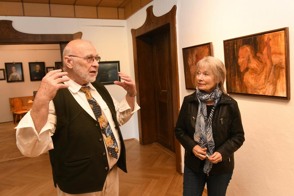 Gisela Neuenhagen malt am liebsten Landschaften und Figuren. Ihre dritte Ausstellung in Waldheim gestaltet sie bei Albrecht Bergmann in Bergmanns Hof.