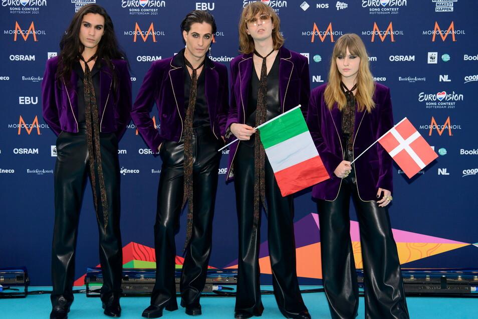 Die Rockband Maneskin gewann den ESC 2021. Der Wettbewerb wird übereinstimmenden italienischen Medienberichten zufolge im kommenden Jahr in Turin veranstaltet.