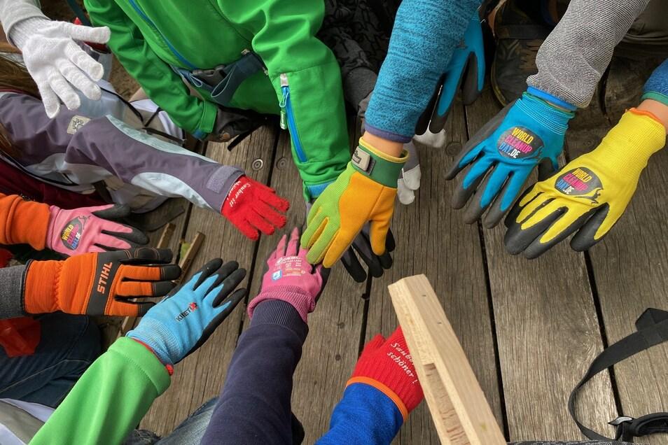 Viele fleißige Hände sammeln in dieser Woche Müll rund um die 50. Grundschule.
