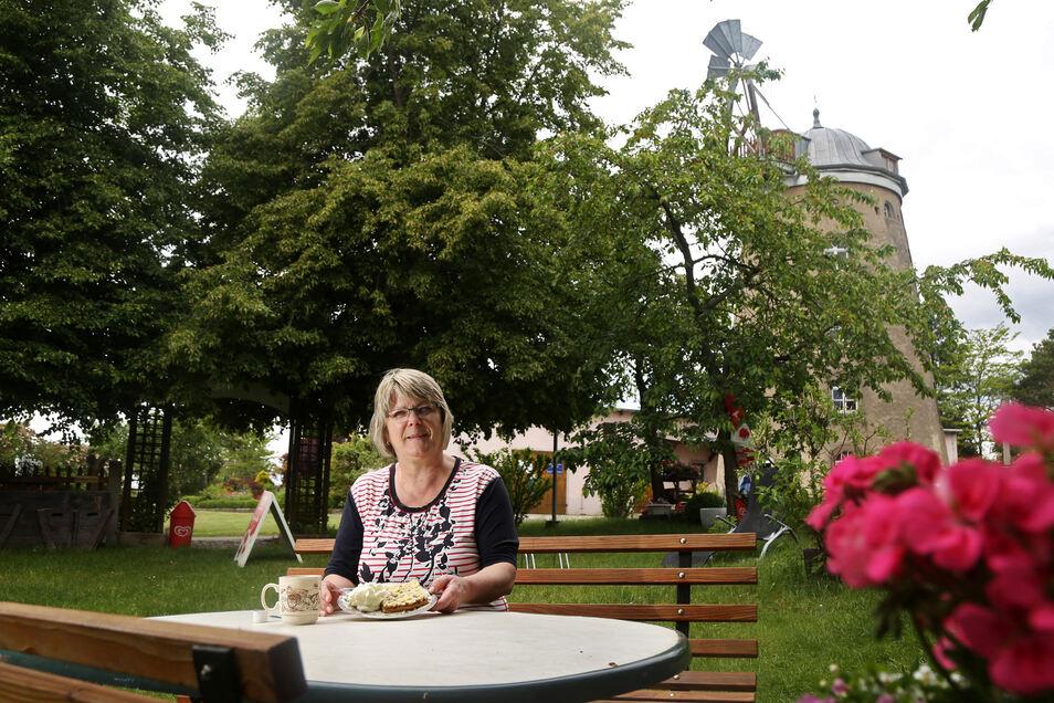 Oda Jenichen will zu Pfingsten an der Mühle Pahrenz Kaffee und Kuchen anbieten. Ein großes Mühlen-Hoffest wie in den vergangenen Jahren ist zurzeit nicht möglich.