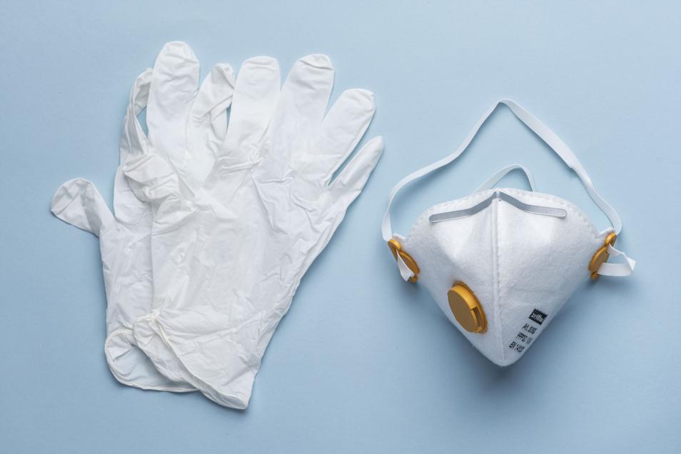 Gibt es genug Schutzmasken und Einmalhandschuhe bei der Diakonie St. Martin? Eine Hygienefachkraft kümmert sich jetzt um die Bedarfsermittlung.