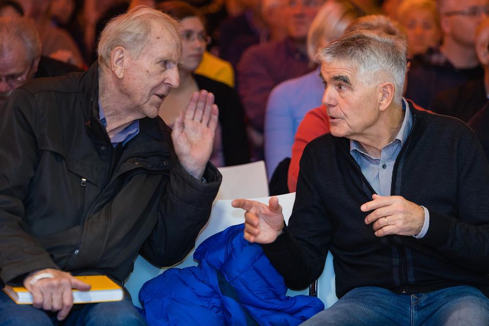Sie haben den Fußballer Stübner gefördert und geformt: Die Trainer Klaus Sammer (l.) bei Dynamo Dresden und Frank Engel in der DDR-Nachwuchsauswahl.