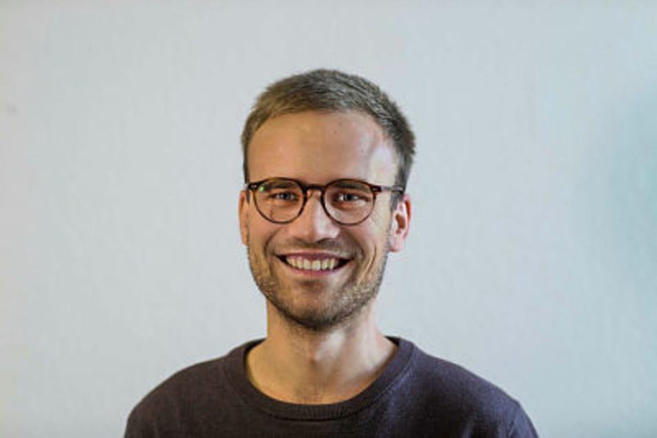 """SZ-Lokalreporter Kevin Scharzbach ist  Autor der Kolumne """"Schwarzbachs Woche"""""""