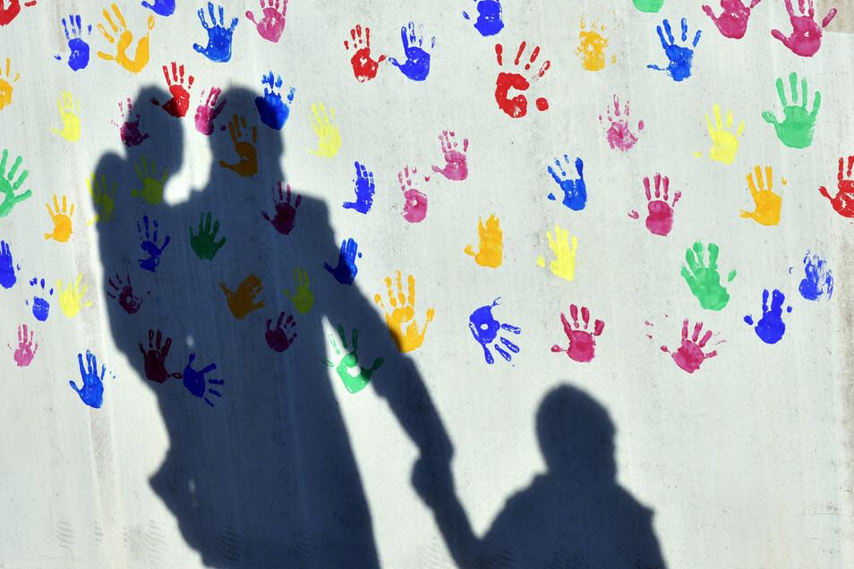 Der Schuldnerberatung ist eine bundesweite Aktionswoche gewidmet. Auch Kinder leiden unter finanzieller Überforderung von Familien.