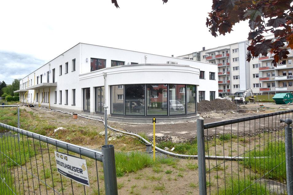 Die WBG Oberland Neugersdorf eG baut den Wohnpark Spreequelle mit 26 Apartments mit Integration einer ambulanten Pflege- und Betreuungsstation und Quartierscafé.