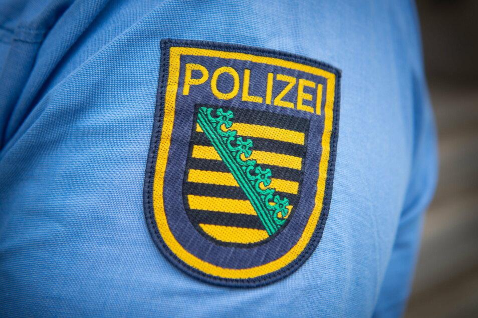In Dresden ist ein Mädchen bespuckt und bepöbelt worden.