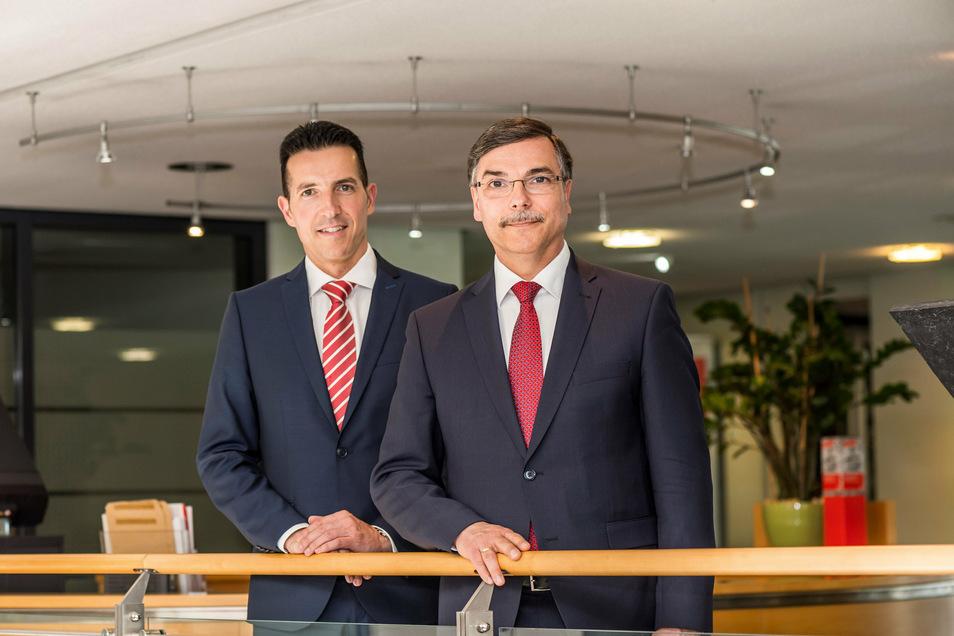 Uwe Krahl und Thomas Gogolla von Vorstand der Kreissparkasse Döbeln sehen das Geldinstitut gut aufgestellt, auch während der Corona-Krise.
