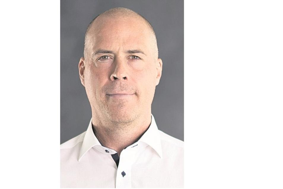 Corey Neilson:Trainer, geb. 22.8.76 in Oromocto (Can), Profispiele: 870/177 Tore/550 Assists, Füchse seit 2018, Vereine: Nottingham Panthers (Spieler und Trainer)