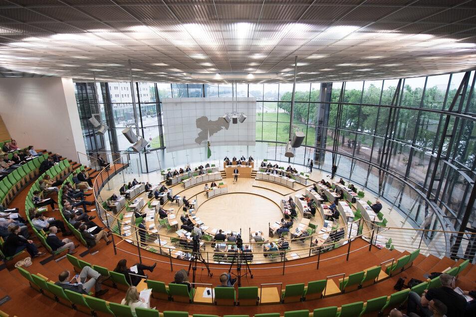 Blick in den sächsischen Landtag. Die Direktkandidaten aus den Wahlkreisen der Region Löbau und Zittau werden wohl einziehen?
