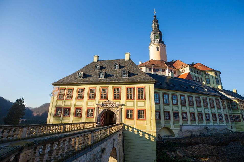 Bis Ende Januar geht kein Besucher über diese Brücke ins Schloss Weesenstein.