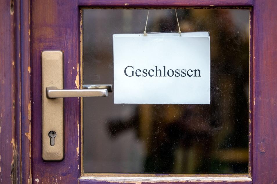"""Deutschland soll in die """"Osterruhe"""" gehen: Am Gründonnerstag sollen Geschäfte, Unternehmen, Behörden und auch Kindertagesstätten geschlossen bleiben."""