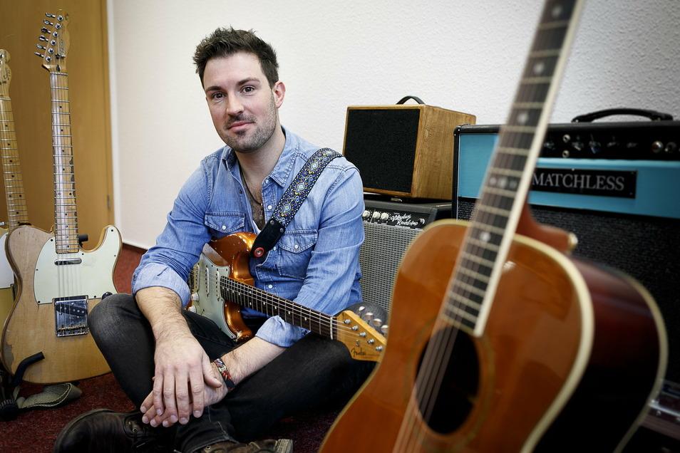 Der Gitarrist Marc Winkler hat sonst über 100 Auftritte im Jahr. In diesem Jahr seit März keinen einzigen.